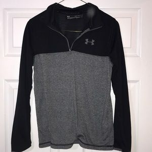 Under Armour youth large zip up top